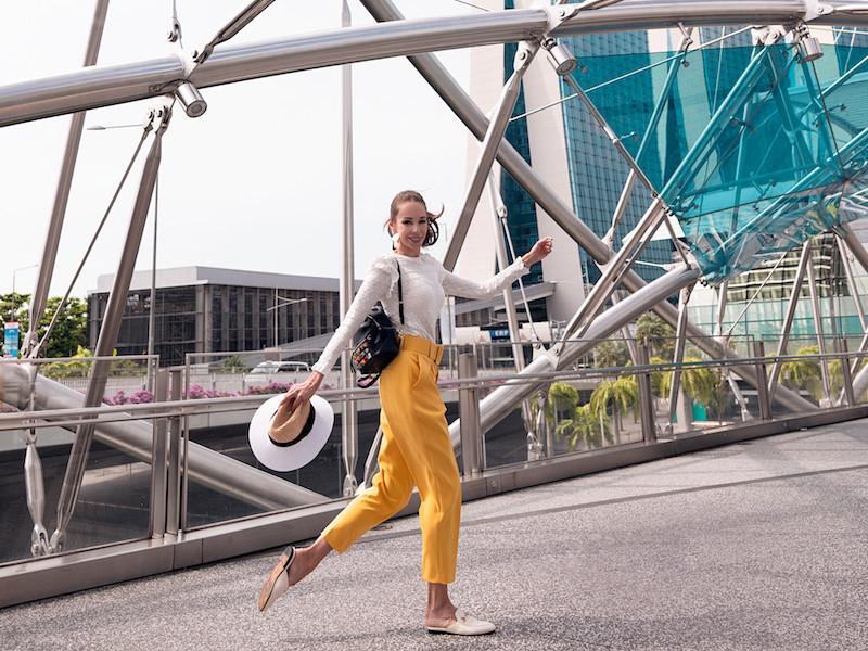 Ksenia Dzhalaganiya on bridge
