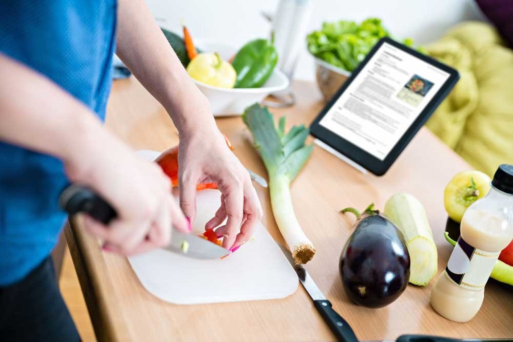 Meet the Most-Efficient Home Cook Ever