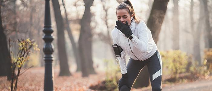 woman stopping mid run
