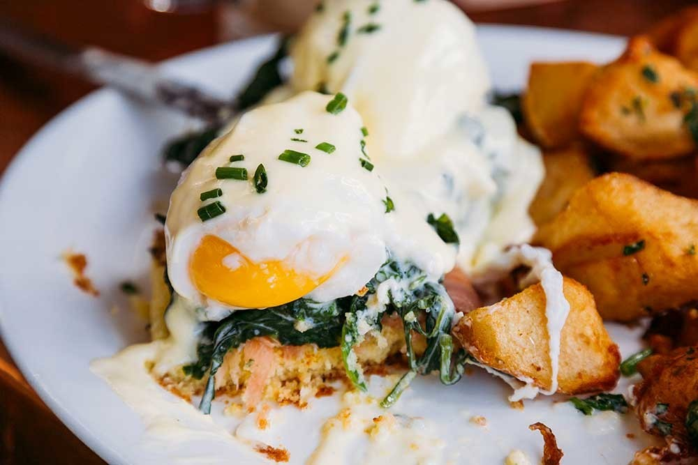 Why It's Healthier to Eat Breakfast Like a King